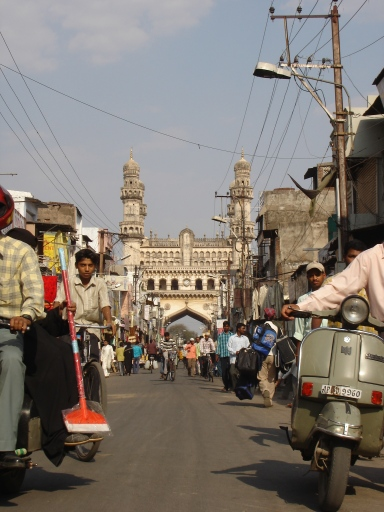 68 Charminar from the Market